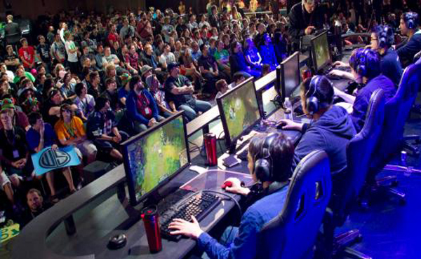 Fans Watch a League of Legends Tournament on a Raised Access Floor Platform
